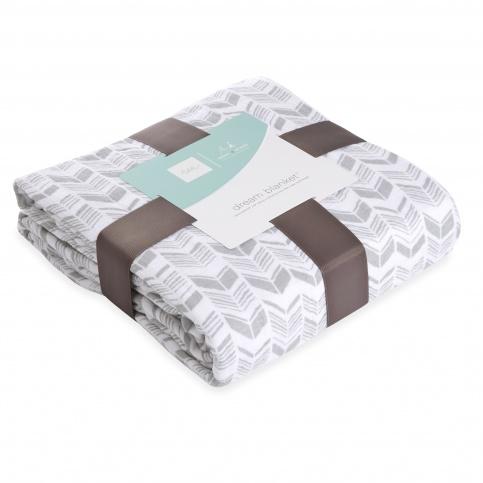 tea x aden + anais Savanna Animals Dream Blanket