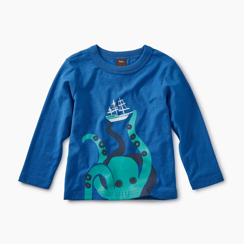 Giant Octopus Graphic Tee