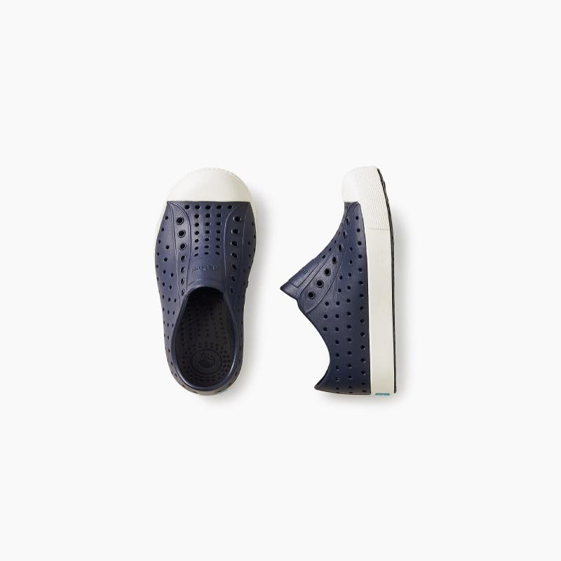 Native® Jefferson Shoes | Tea Collection