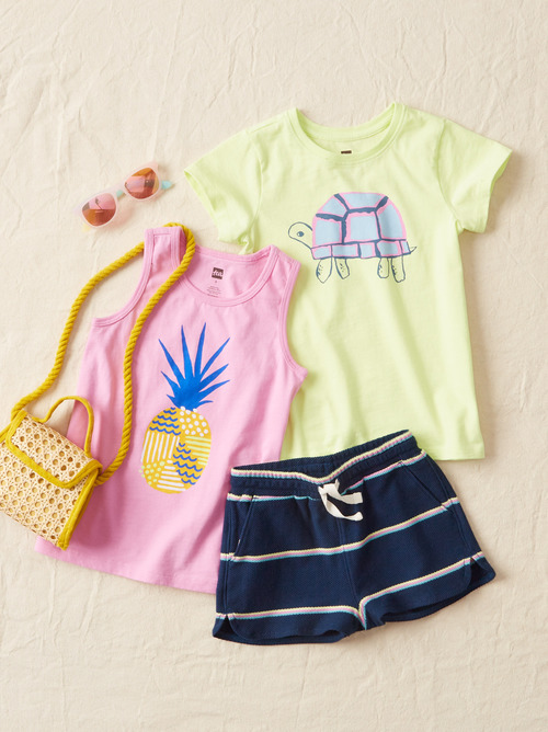 Pretty Pineapple Tank